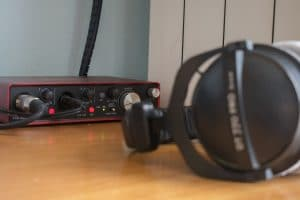 Headphones Beyerdynamic DT 770 PRO and audio interface Focusrite scarlett 2i4 in a croatian voiceover studio