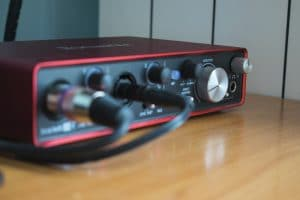 Audio interface Focusrite scarlett 2i4 on the desk in a croatian voiceover studio